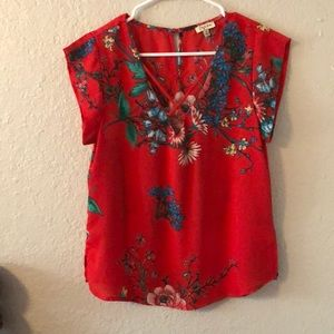 Beautiful red floral top sz M